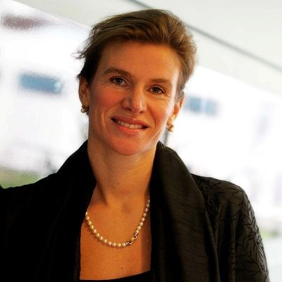 "Professor Mariana Mazzucato (PhD) holds the Chair in the Economics of Innovation and Public Value, University College London (UCL) where she is establishing a new Institute for Innovation & Public Purpose (launching Autumn 2017). Mazzucato's highly-acclaimed book The Entrepreneurial State: debunking public vs. private sector myths (Anthem 2013; Public Affairs, 2015) was on the 2013 Books of the Year list of the Financial Times. She is winner of the 2014 New Statesman SPERI Prize in Political Economy and the 2015 Hans-Matthöfer-Preis and in 2013 she was named as one of the ""3 most important thinkers about innovation"" in the New Republic."